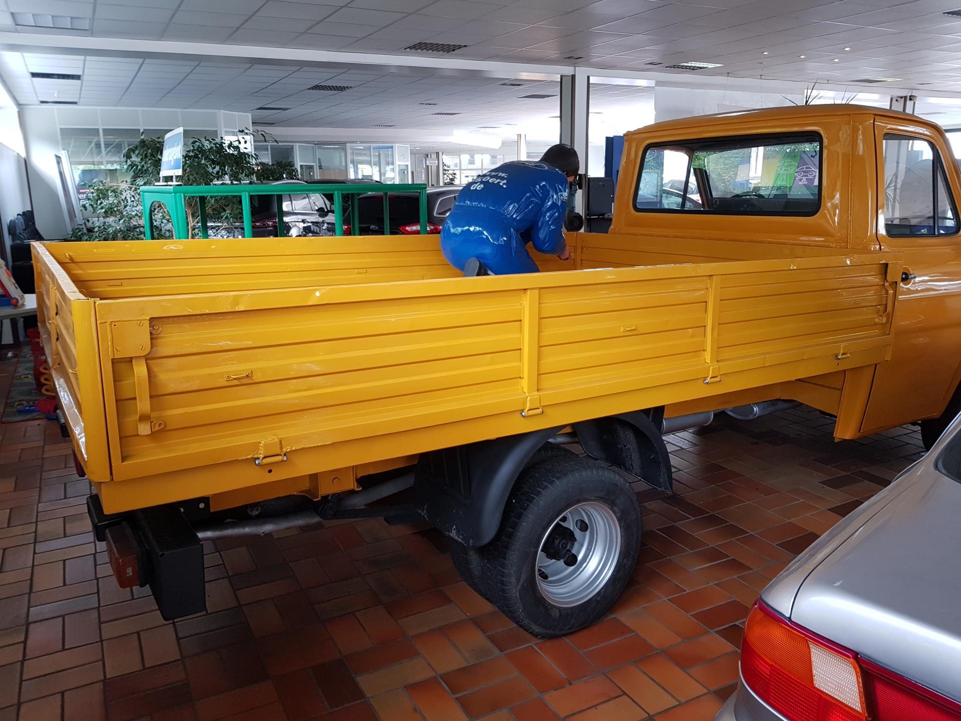 ford transit transporter 78 lcx eu neuwagen jahreswagen gebrauchtwagen. Black Bedroom Furniture Sets. Home Design Ideas