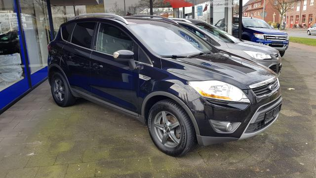 Ford Kuga - 2.0 TDCi 4x4 Champions Edition Panoramadach Winter-Paket Navigation Tempomat PPS V+H