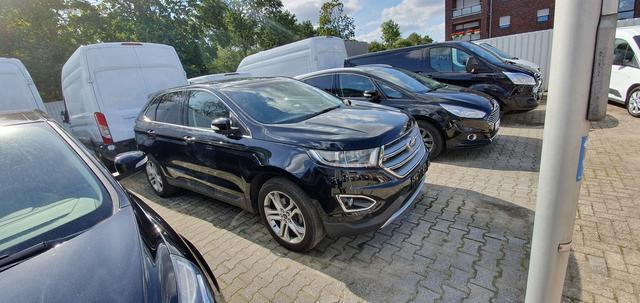Ford Edge 2.0 TDCi Bi-Turbo 4x4 Titanium Navigation LED Leder AHK TWA Split View Panoramadach