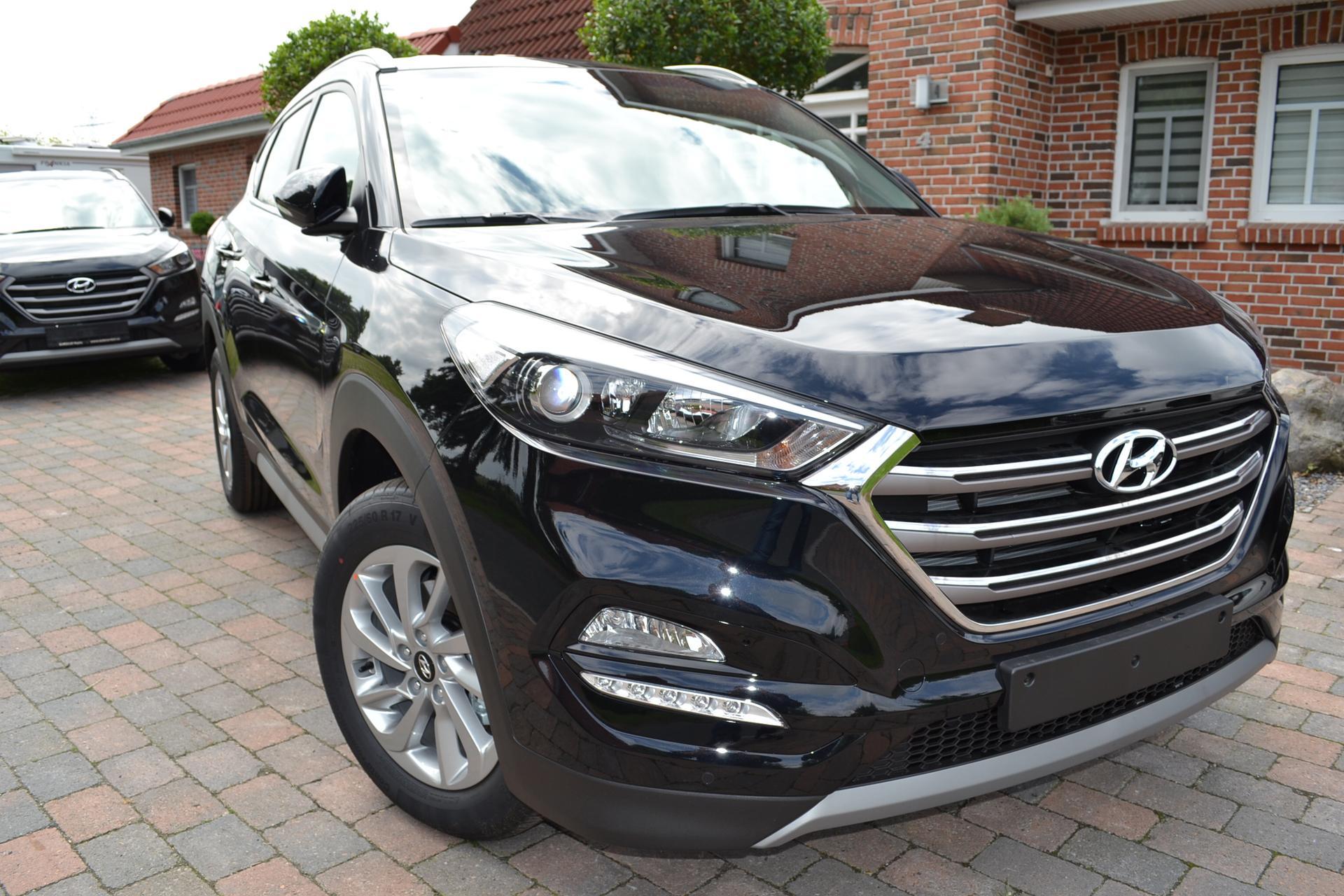 Hyundai Tucson 1,6 Ahk-Chrompaket-Spurhaltesystem-Navi+Kamera, PDC v ...