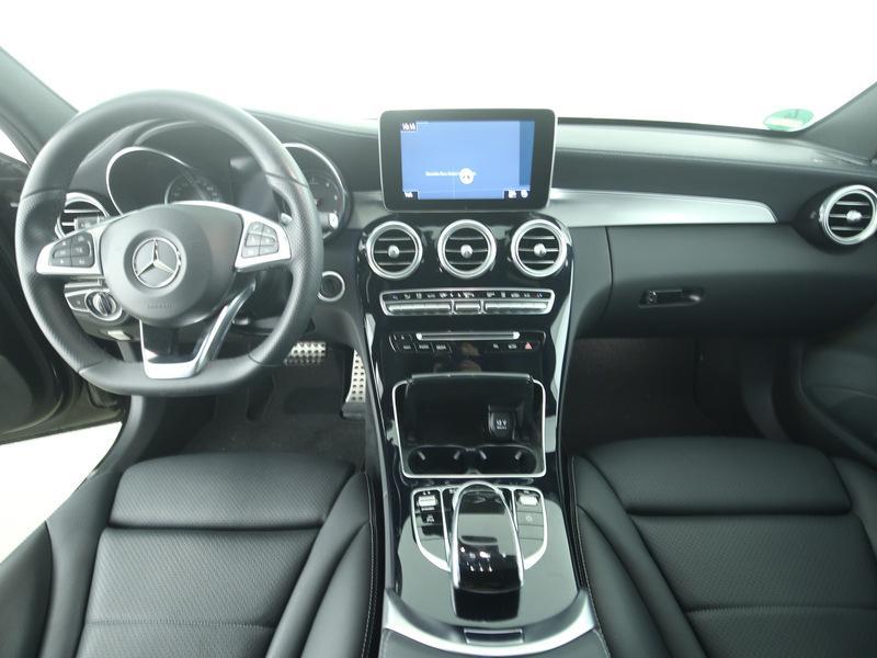 Mercedes-Benz C-Klasse T-Modell C300 Th AMG Line Exte + Interieur ...