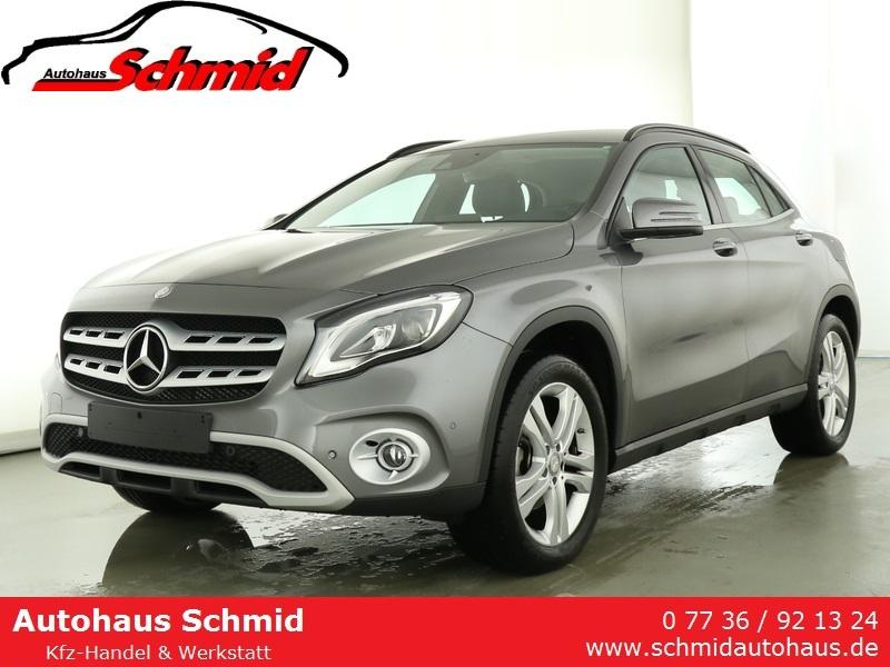 Mercedes-Benz GLA 200 AHK, Navi, Kamera, LED Scheinwerfer, Spur ...