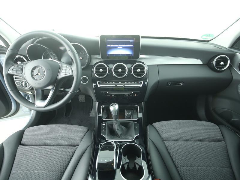 Mercedes-Benz C-Klasse T-Modell C180 T, AHK, Rückfahrkamera ...