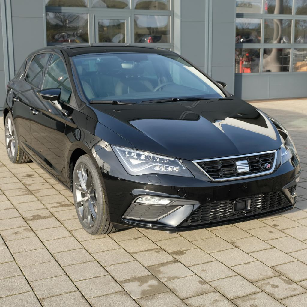 seat leon 2 0 tsi dsg fr voll led r ckfahrkamera. Black Bedroom Furniture Sets. Home Design Ideas