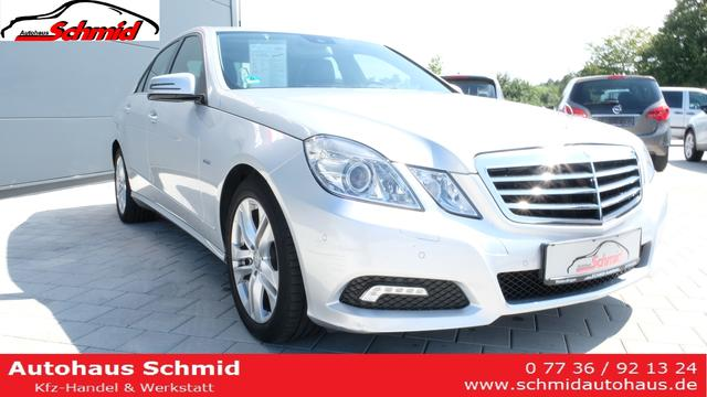 Mercedes-Benz E-Klasse Limousine 200 CGI Autom. Parktronic /Navi/Sitzheizung/ AHK
