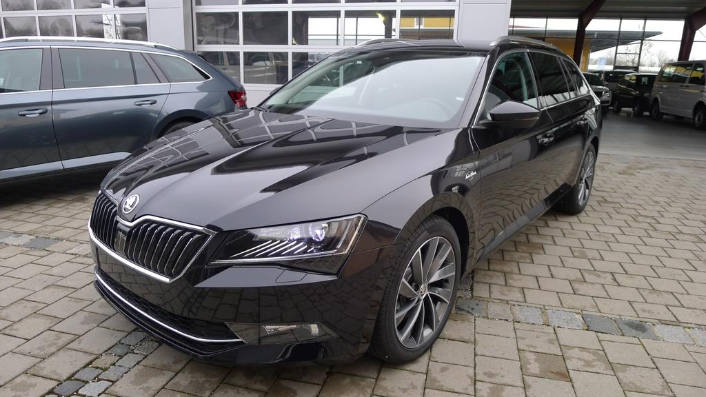 skoda superb combi l k 2 0tdi dsg 110kw standheizung navi. Black Bedroom Furniture Sets. Home Design Ideas