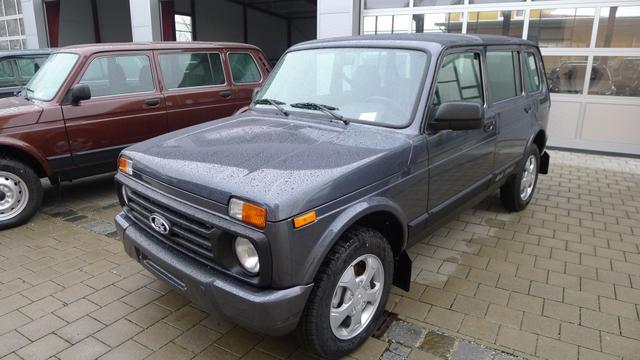 Lada Urban - 4x4 1.7i 5-türig EU6dTemp SHZ ALU AHK