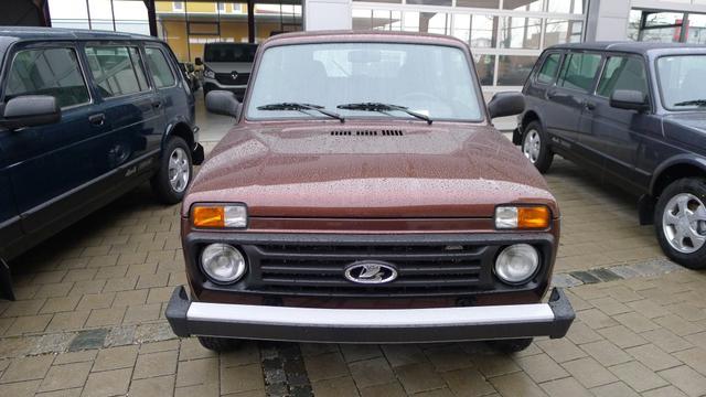 Lada Niva - 1.7 5-türig 4x4 ALLRAD 61kW AHK EU6dTemp
