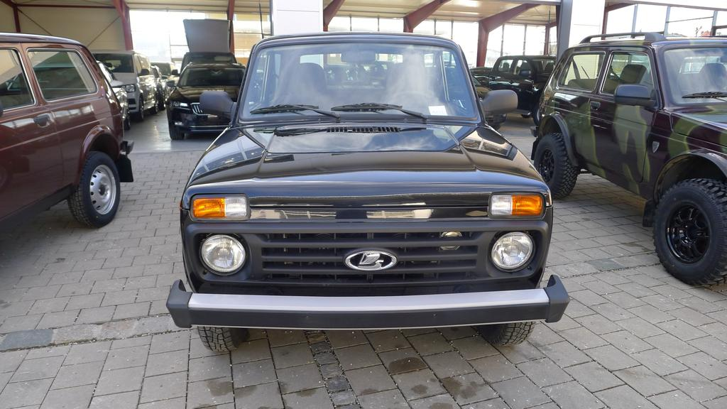 lada niva 1 7 3 t rig 4x4 allrad 61kw ahk eu6dtemp lkw. Black Bedroom Furniture Sets. Home Design Ideas