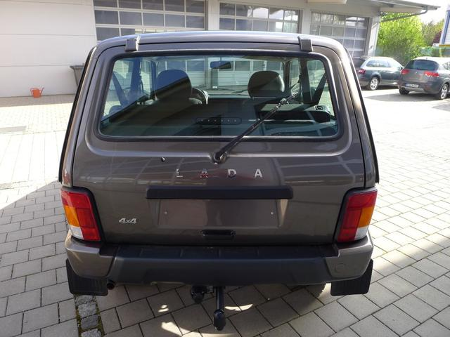 Lada Urban 4x4 1.7i EU6dTemp SHZ ALU AHK