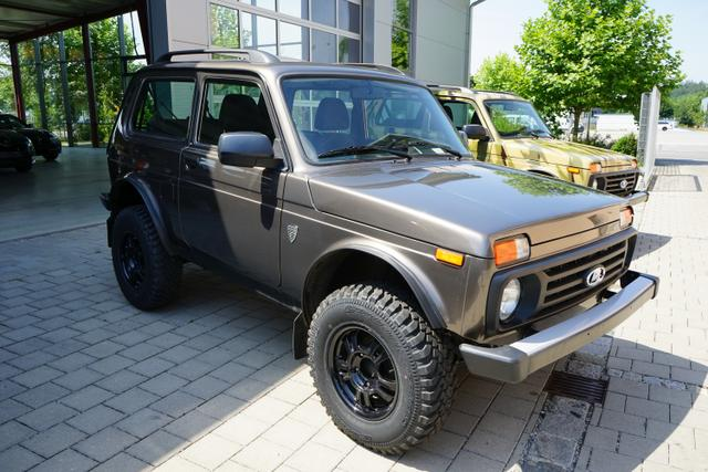Lada Niva BRONTO 4x4 1.7i OFFROAD KLIMA SHZ AHK #4875