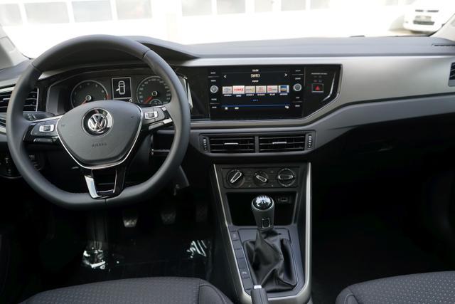 Volkswagen Polo - 1.0 TSI 70kW COMFORTLINE Eu6dTemp MEDIA SHZ TEMPOMAT PDC