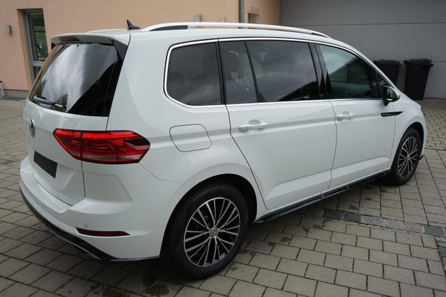 Volkswagen Touran HIGHLINE R-LINE 1.5TSi DSG 110kW LED NAVI KAMERA FAMILIY