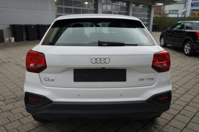 Audi Q2 35 TFSI 1.5 110kW (150PS) LED KAMERA PDC SHZ