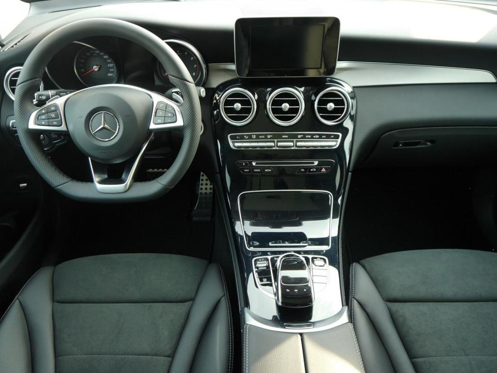 Mercedes Benz Glc Suv 250 4matic 9g Tronic Amg Line Head Up