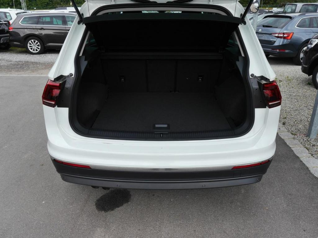 volkswagen tiguan 2 0 tdi dpf dsg 4motion highline bmt. Black Bedroom Furniture Sets. Home Design Ideas