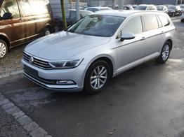 Volkswagen Passat Variant - 2.0 TDI DPF COMFORTLINE   BMT BUSINESS PREMIUM-PAKET ACC LED NAVI