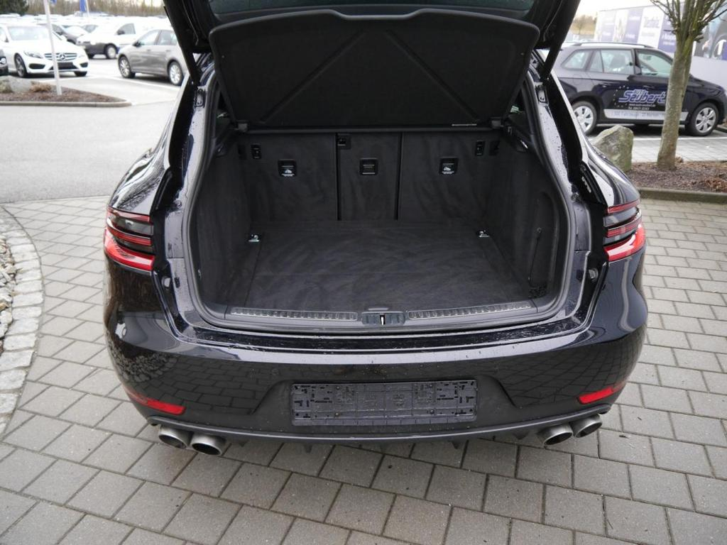 porsche macan s diesel 3 0 v6 pdk ahk panorama dach 20. Black Bedroom Furniture Sets. Home Design Ideas