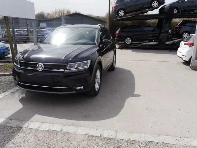 Volkswagen Tiguan - 1.4 TSI DSG ACT HIGHLINE * NAVI LED-SCHEINWERFER ACC PDC SHZG 18 ZOLL
