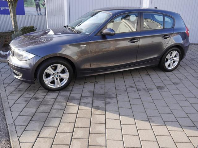 BMW 1er - 116i COMFORT & ADVANTAGE PAKET   PARKTRONIC TEMPOMAT KLIMA LM-FELGEN 16 ZOLL