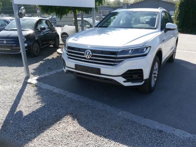 Volkswagen Touareg - 3.0 V6 TDI DPF SCR 4MOTION * SOFORT ACC LED-SCHEINWERFER NAVI DISCOVER PRO