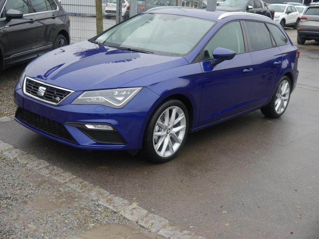 seat leon st 1 5 tsi fr voll led 18 zoll winterpaket pdc. Black Bedroom Furniture Sets. Home Design Ideas
