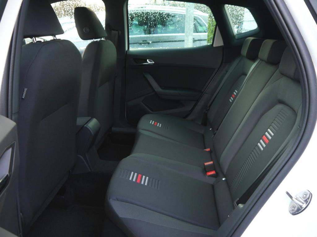 seat arona 1 0 ecotsi fr acc kessy 18 zoll navi voll led. Black Bedroom Furniture Sets. Home Design Ideas