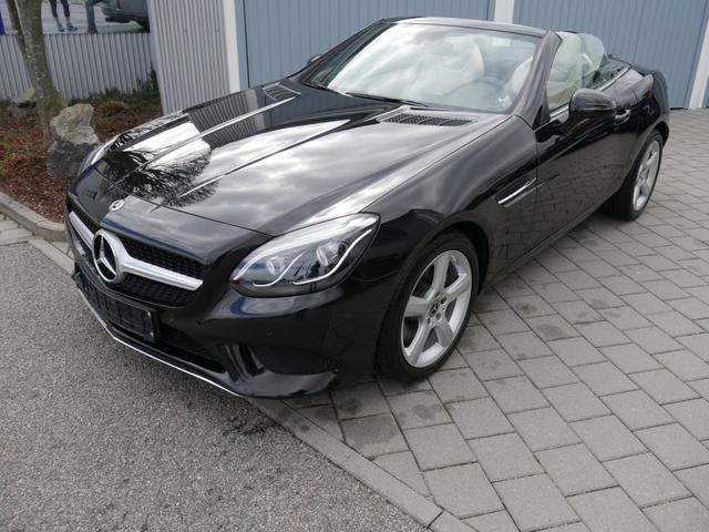 Mercedes-Benz SLC 200 - LEDER BEIGE * AIRSCARF LED SCHEINWERFER NAVI GARMIN PARK-ASSISTENT SHZG