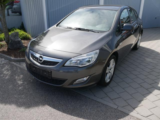 Gebrauchtfahrzeug Opel Astra - 1.7 CDTI DPF EDITION   SITZHEIZUNG KLIMA CD