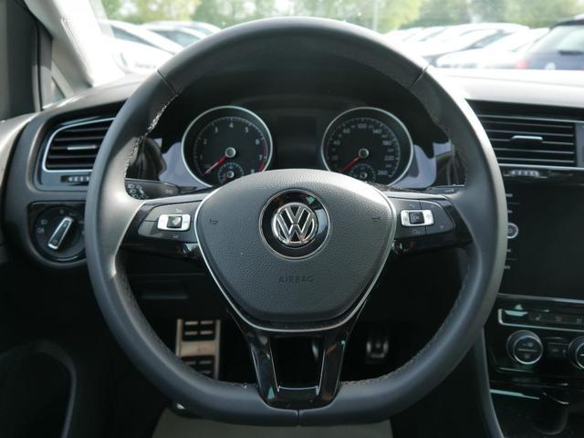 Volkswagen Golf II 1.5 TSI ACT JOIN * NAVIGATION PARK ASSIST SITZHEIZUNG 5 JAHRE GARANTIE