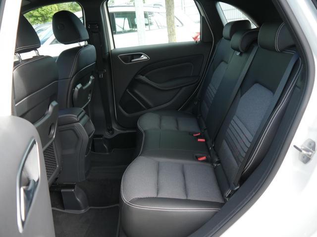 Mercedes-Benz B-Klasse B 200 URBAN * BUSINESS-PAKET LED HIGH SCHEINWERFER NAVI GARMIN PARK-PILOT SHZG
