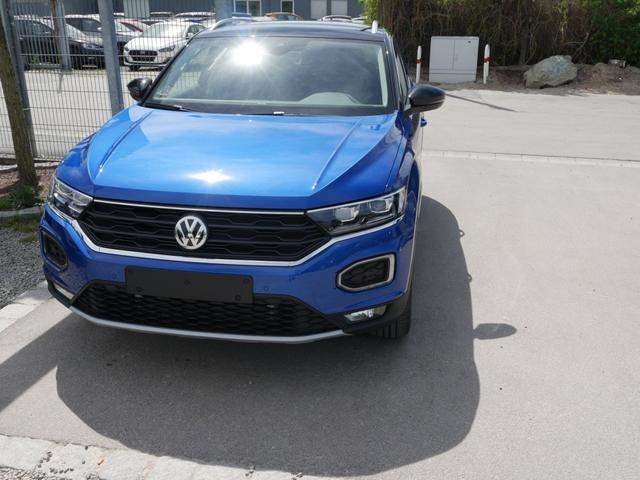 Volkswagen T-Roc - 1.5 TSI ACT DSG STYLE   ACC WINTERPAKET NAVI LED PARKTRONIC SHZG 17 ZOLL Vorlauffahrzeug