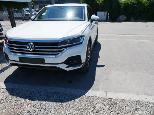 Volkswagen Touareg - 3.0 V6 TDI DPF 4MOTION STYLE * AHK 19 ZOLL ACC LED NAVI DISCOVER PRO WINTERPAKET