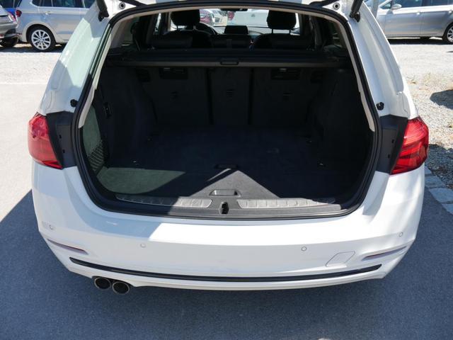 BMW 3er 320d DPF Touring SPORT LINE * STEPTRONIC AHK PANORAMA-DACH HEAD-UP-DISPLAY NAVI LED