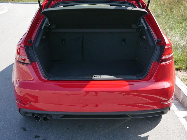 Audi A3 Sportback 35 TFSI CoD S-TRONIC * NAVI XENON PDC SITZHEIZUNG TEMPOMAT 16 ZOLL