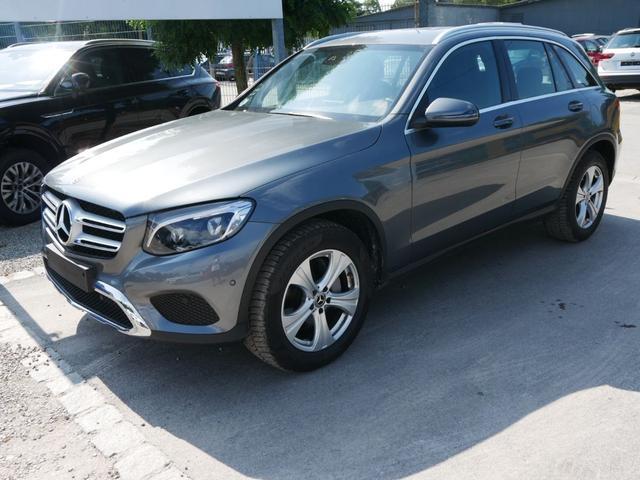 Mercedes-Benz GLC - 220d 4MATIC * 9G-TRONIC EXCLUSIVE EXTERIEUR AMG-LINE INTERIEUR NAVI LED TEMPOMAT