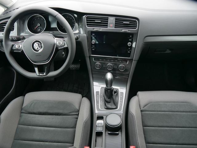 Volkswagen Golf II 1.0 TSI DSG COMFORTLINE * ACC APP-CONNECT-NAVI PDC SHZG TEMPOMAT KLIMAAUTOMATIK