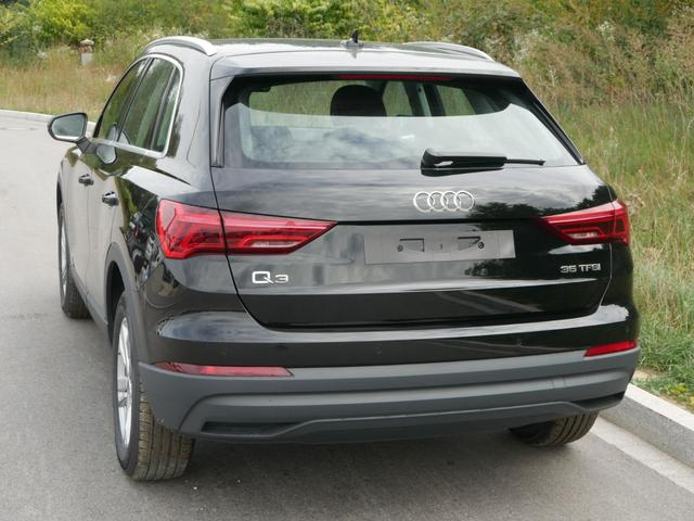 Audi Q3 - 35 TFSI CoD * MMI NAVI PLUS LED PDC SHZG VIRTUAL COCKPIT TEMPOMAT 17 ZOLL
