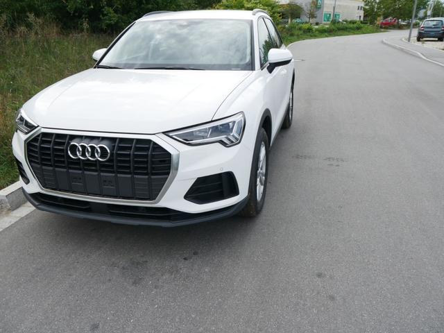 Q3 - 35 TFSI CoD * MMI NAVI PLUS LED PDC SHZG VIRTUAL COCKPIT TEMPOMAT 17 ZOLL