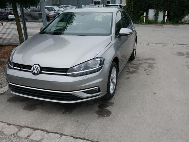 Volkswagen Golf - II 1.5 TSI ACT COMFORTLINE   ACC APP-CONNECT-NAVI WINTERPAKET PDC SHZG