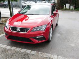 Leon - 1.5 TSI ACT FR   PANORAMA-SD VOLL-LED NAVI PDC SHZG TEMPOMAT 17 ZOLL