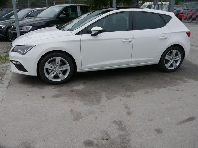 Seat Leon 1.5 TSI ACT FR * PANORAMA-SD NAVI VOLL-LED PDC SHZG TEMPOMAT 17 ZOLL