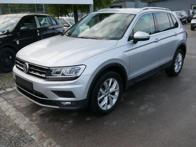 Volkswagen Tiguan - 2.0 TSI DSG 4MOTION HIGHLINE * BUSINESS-PREMIUM NAVI PARK ASSIST ACTIVE INFO DISPLAY