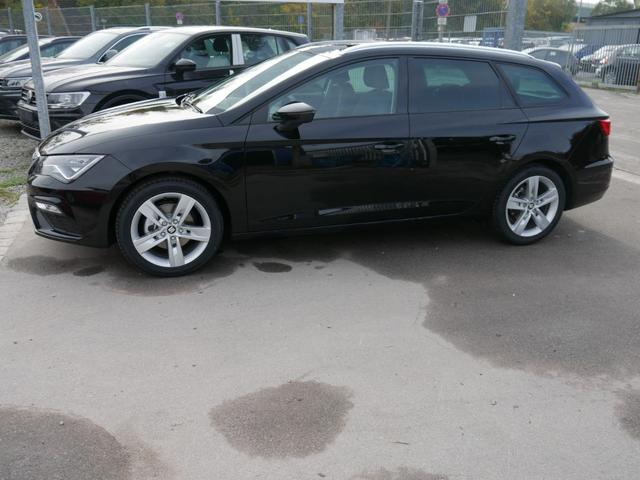 Seat Leon - 1.5 TSI ACT FR * PANORAMA-SD NAVI VOLL-LED PDC SHZG TEMPOMAT 17 ZOLL