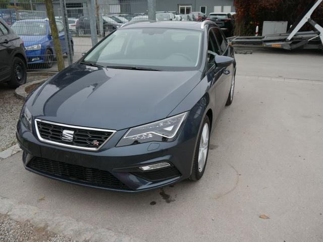 Seat Leon - ST 1.5 TSI ACT FR   PANORAMA-SD NAVI VOLL-LED PDC SHZG TEMPOMAT 17 ZOLL Lagerfahrzeug