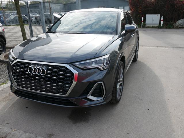 Audi Q3 - 45 TFSI QUATTRO S-LINE * ASSISTENZPAKET PANORAMA 20 ZOLL MATRIX-LED