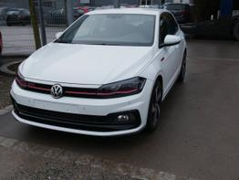 Polo - 2.0 TSI DSG GTI   LED-SCHEINWERFER NAVI ACC PARK ASSIST SHZG ACTIVE INFO DISPLAY