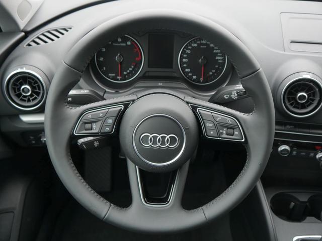 Audi A3 Sportback 30 TFSI * XENON PARKTRONIC SITZHEIZUNG TEMPOMAT 4 JAHRE GARANTIE
