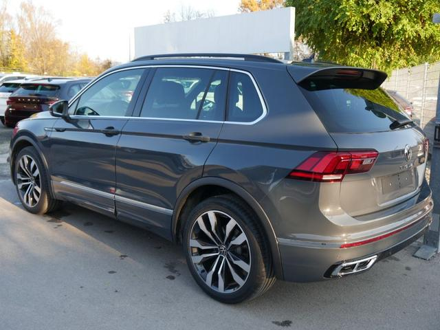 Volkswagen Tiguan - 2.0 TDI DPF DSG 4M R-LINE * FAHRERASSISTENZPAKET 20 ZOLL HEAD UP DISPLAY PARK ASSIST