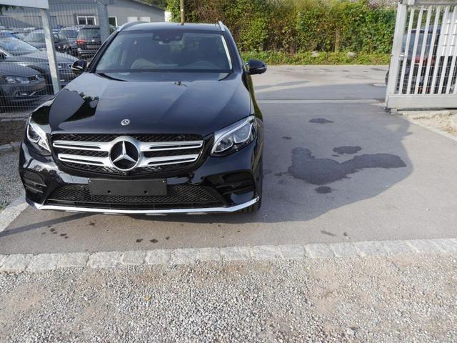 Gebrauchtfahrzeug Mercedes-Benz GLC - 250 4MATIC   9G-TRONIC AMG LINE HEAD-UP-DISPLAY PANORAMA-SD KEYLESS-GO-& PARK-PAKET